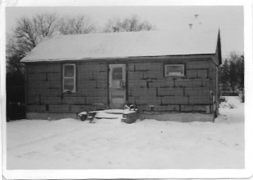 Bob Lang's house front view 1982